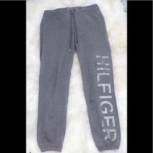 tommy hilifiger sweats